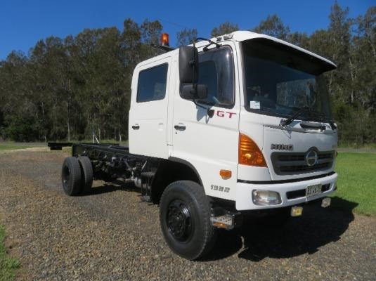 2009 Hino 500 Series 1322 GT 4x4 Crew - Trucks for Sale