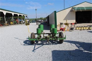 John Deere Planters Auction Results 1015 Listings Auctiontime