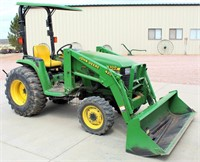 2000 John Deere 4300 SST Tractor, w/420 JD Front End Loader, QA Bucket, Canopy, Diesel Eng, 3-pt, pto, 870 hrs, SN: LV4300C335871 (view 1)
