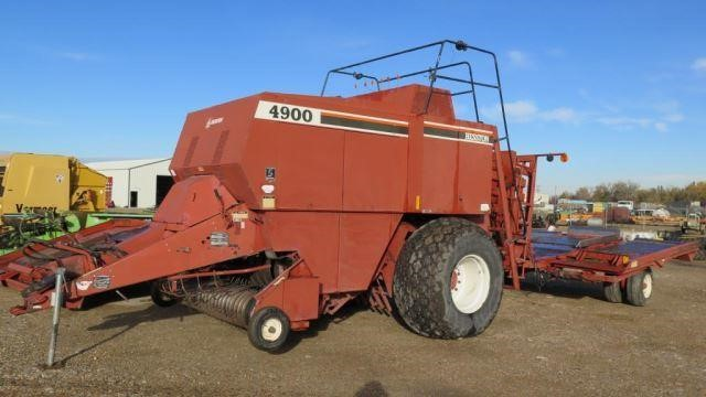 Hesston 4900 4x4 Hay Baler W/Accumulator and Monit | Western Auction Co