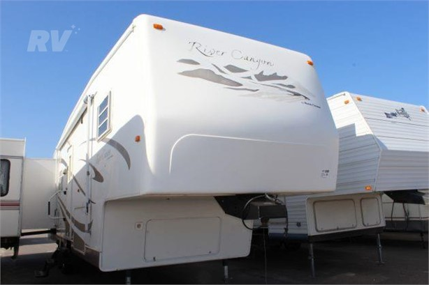TRAVEL SUPREME Fifth Wheel RVs For Sale - 3 Listings | RVUniverse
