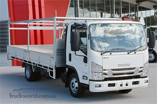 2017 Isuzu NPR 45/55 155 - Trucks for Sale