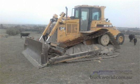 1996 Caterpillar D6H Heavy Machinery for Sale