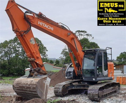 2012 Hitachi ZX225US LC-3 - Heavy Machinery for Sale
