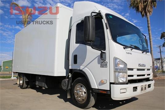 2009 Isuzu NPR 400 Used Isuzu Trucks - Trucks for Sale