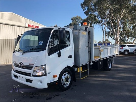 2012 Hino other - Truckworld.com.au - Trucks for Sale