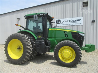 JOHN DEERE 7215R For Sale - 62 Listings | TractorHouse com - Page 1 of 3