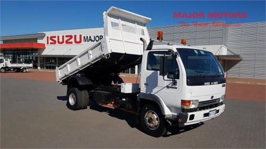 2005 UD MK175 Major Motors - Trucks for Sale