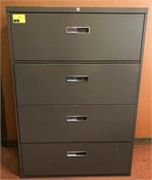 Horizontal, 4 drawer, Metal filing cabinet