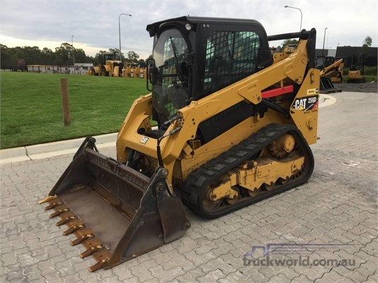 2014 Caterpillar 259D Heavy Machinery for Sale
