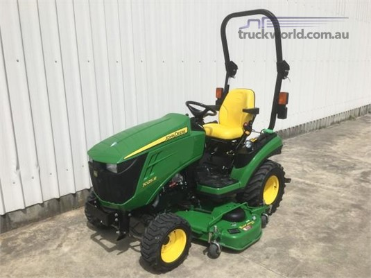2015 John Deere 1025R Farm Machinery for Sale
