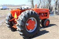 Allis Chalmers D17 Gas Tractor