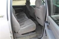 2004 Chevrolet Suburban 1GNFK16Z54J252589