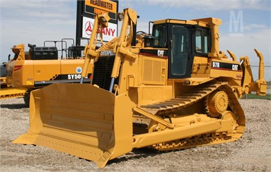 CATERPILLAR D7R For Sale - 51 Listings | MarketBook ca - Page 1 of 3