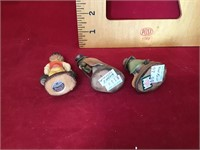 3 Anri figurine