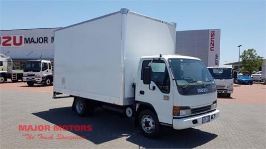 2004 Isuzu NPR 300 Major Motors - Trucks for Sale