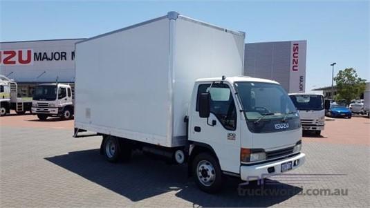 2004 Isuzu NPR 300 Trucks for Sale
