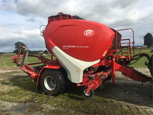 2011 Lely Welger RPC445 TORNADO - Farm Machinery for Sale