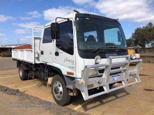 1998 Isuzu FSS 550 4x4 Midwest Truck Sales - Trucks for Sale