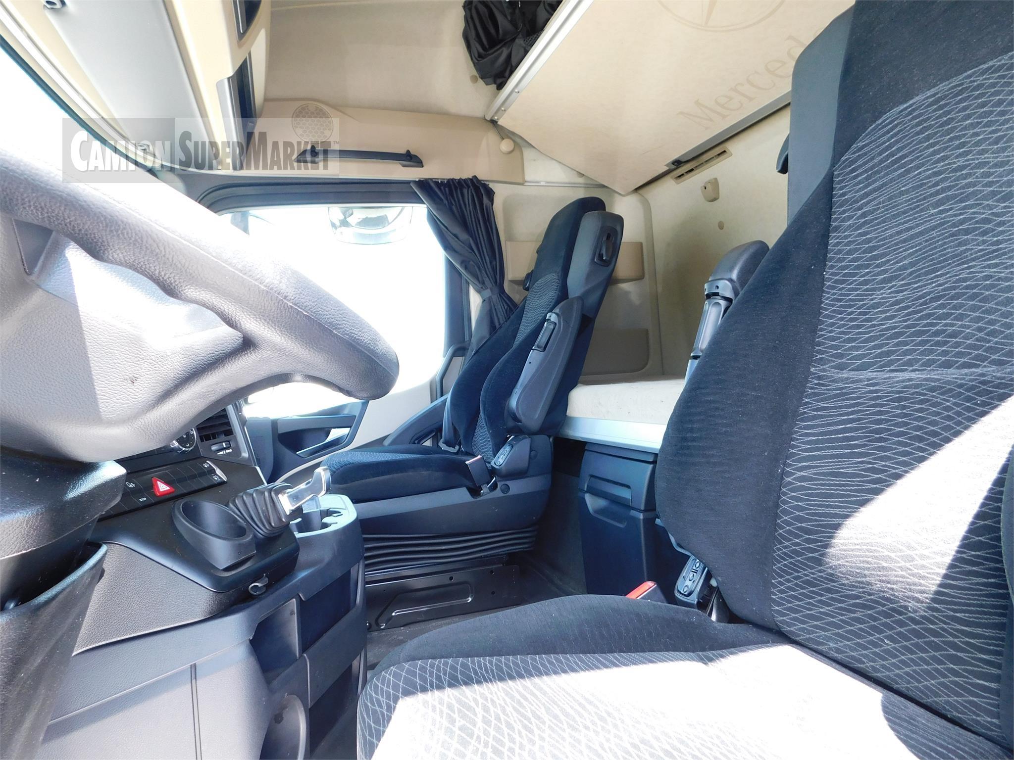 Mercedes-Benz ACTROS 1845 Usato 2015