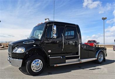 FREIGHTLINER BUSINESS CLASS M2 106 Versatile Hauler Trucks For Sale