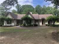 65 Country Club Circle, Searcy, AR