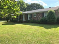 906 Westside Ct.-Selling Absolute! House & Personal Property