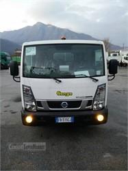 NISSAN NT400  Uzywany