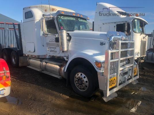 2010 International 9900i Eagle - Truckworld.com.au - Wrecking for Sale