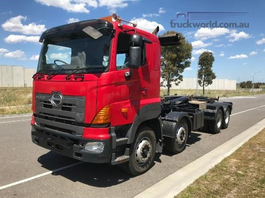 2007 Hino 700 Series FY - Trucks for Sale
