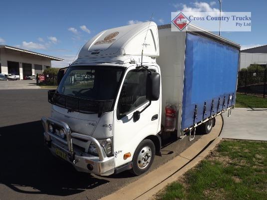 2014 Hino 616 Cross Country Trucks Pty Ltd - Trucks for Sale