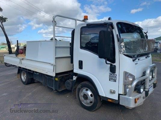 2007 Isuzu NPR 300 Trucks for Sale