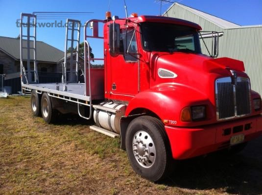 2004 Kenworth T300 - Trucks for Sale