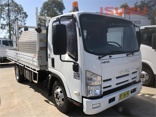 2010 Isuzu NPR Used Isuzu Trucks - Trucks for Sale