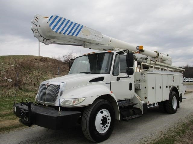 2010 ALTEC AM55MH MOUNTED ON 2011 INTERNATIONAL 4300 For Sale in Mt Airy,  North Carolina