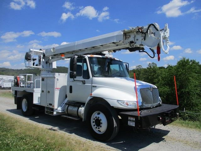2010 ALTEC DM47TR MOUNTED ON 2011 INTERNATIONAL 4300 For Sale in Mt Airy,  North Carolina
