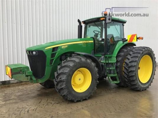 2009 John Deere 8530 - Farm Machinery for Sale