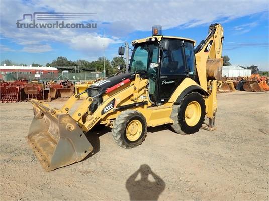 2010 Caterpillar 432E Heavy Machinery for Sale