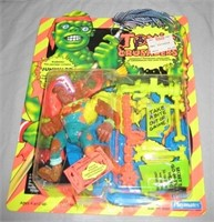 ONLINE ONLY - Action Figures & Toys NIP 6/1