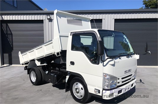2018 Isuzu ELF Trucks for Sale