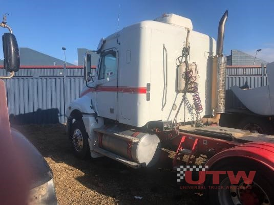 2006 Freightliner Columbia Universal Truck Wreckers - Wrecking for Sale