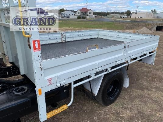 2013 Mitsubishi Canter 4x4 Grand Motor Group - Trucks for Sale