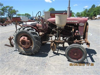 FARMALL 140 W/CULTIVATORS & ELEVATOR Other Auction Results