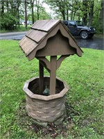 Wooden Decorative Wishing Well