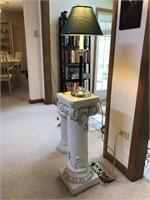 Decorative Pedestal With Lamp