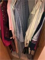 Contents Of Bathroom Closet