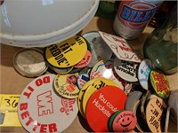 Large lot of vintage items. Includes Coke