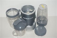 NUTRIBULLET WITH CUPS - USED