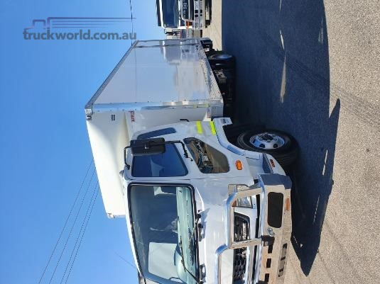 2015 Mitsubishi FK600 Trucks for Sale
