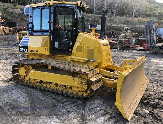 2015 Komatsu D39PX-23 - Heavy Machinery for Sale